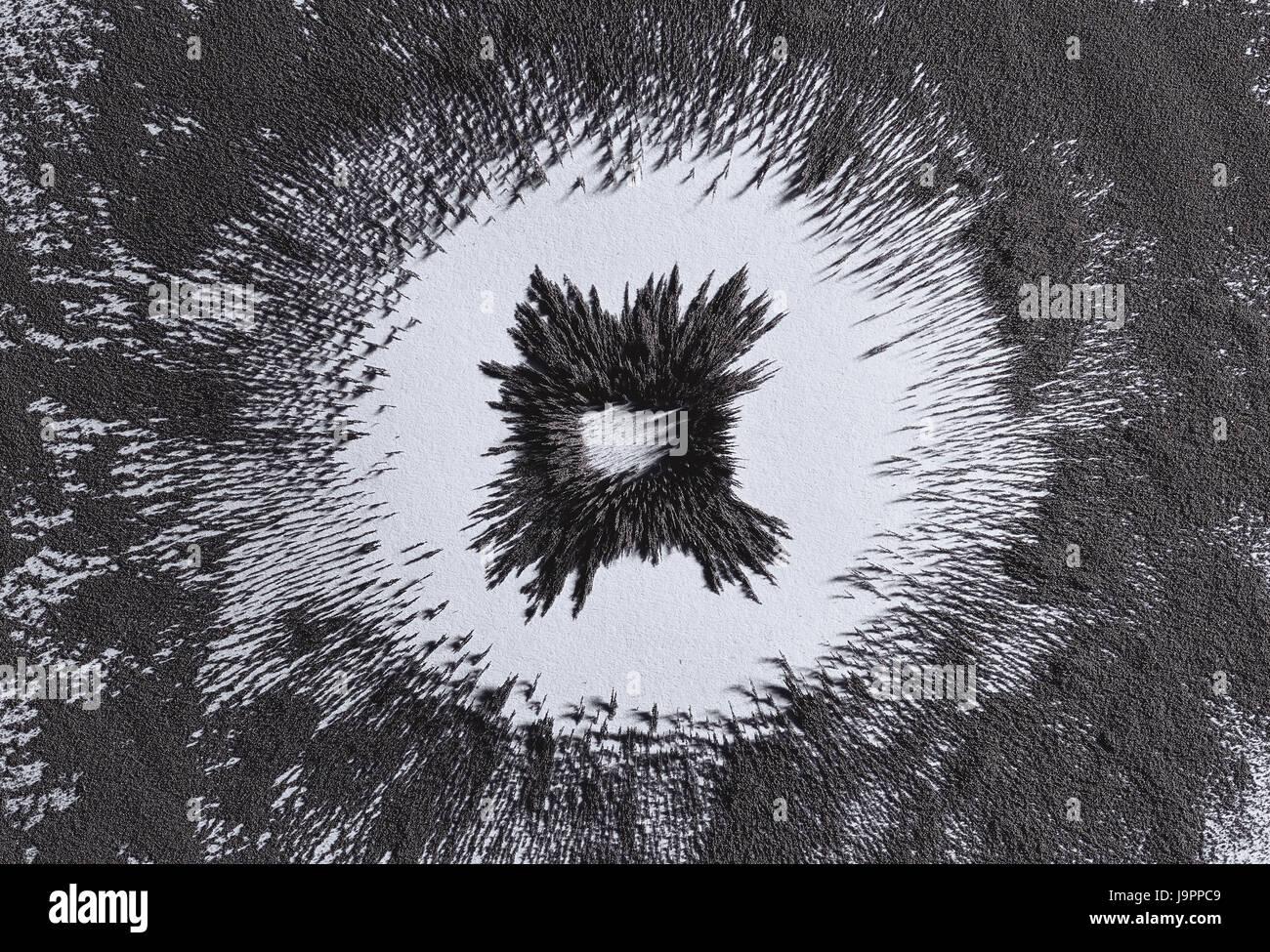 Magnetic Field Lines Stockfotos & Magnetic Field Lines Bilder - Alamy