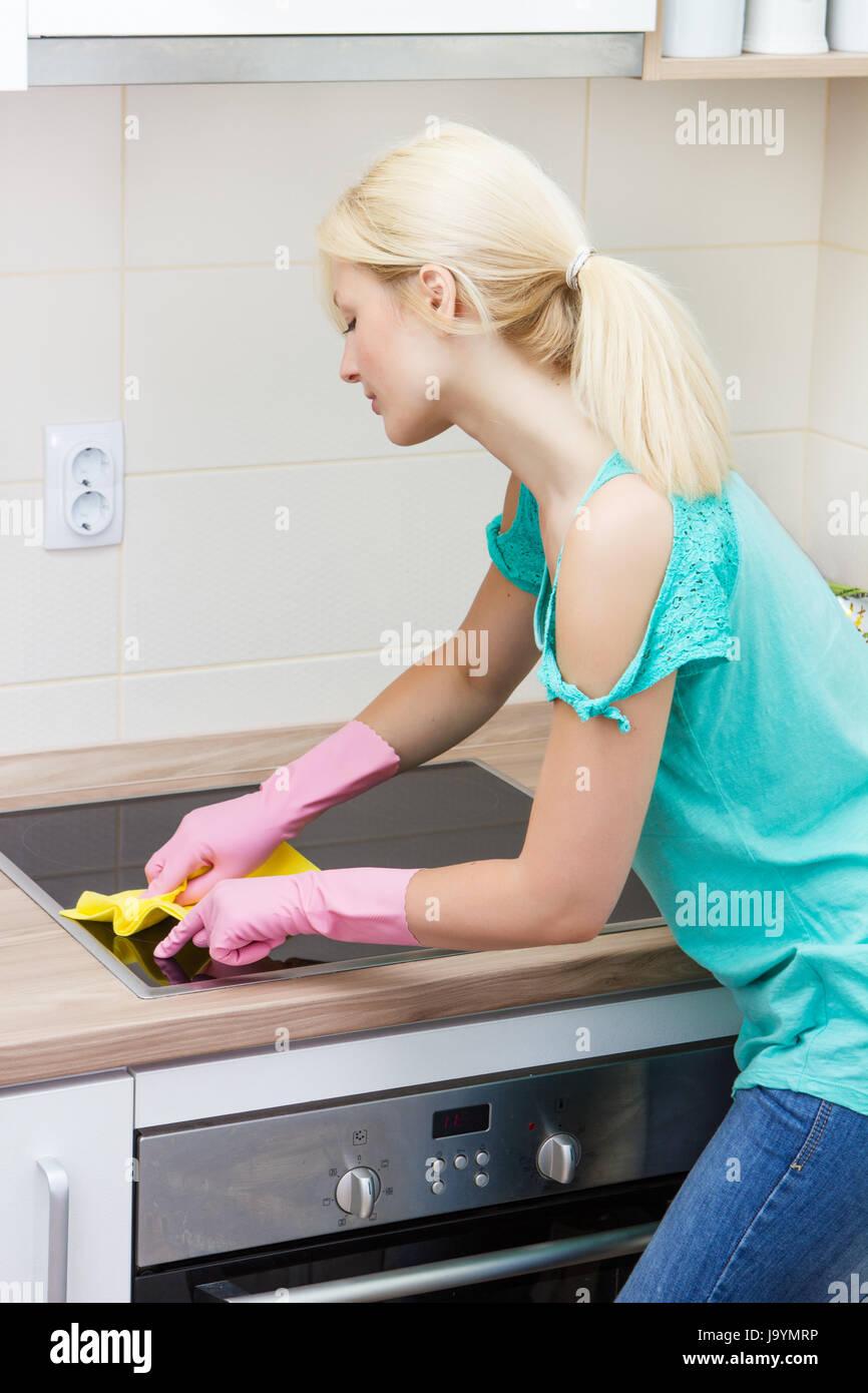 Frau, Hausfrau, Küche, Küche, Hygiene, Frühjahrsputz