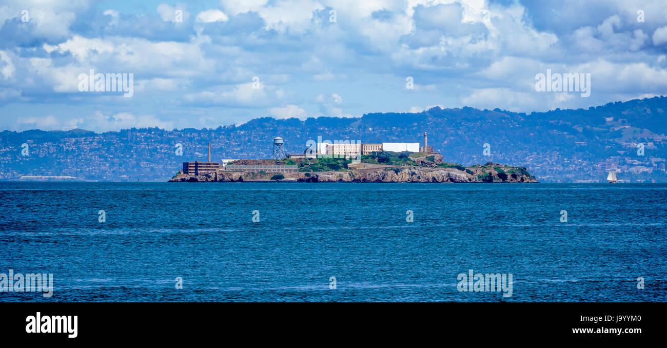 Alcatraz Island und Gefängnis in San Francisco - SAN FRANCISCO, Kalifornien, USA - 18. April 2017 Stockbild