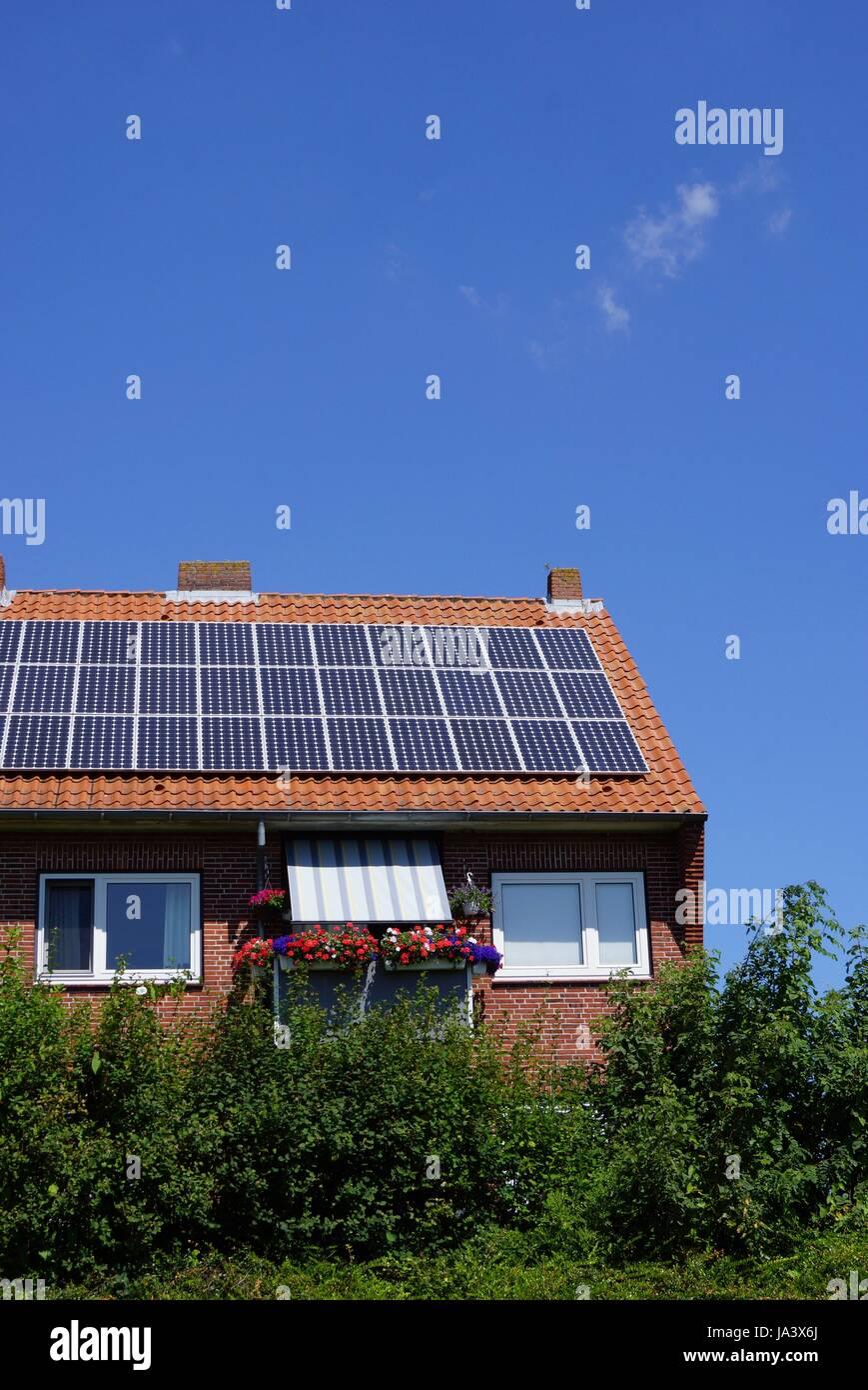 Solare Wasser Heizung Stockbild
