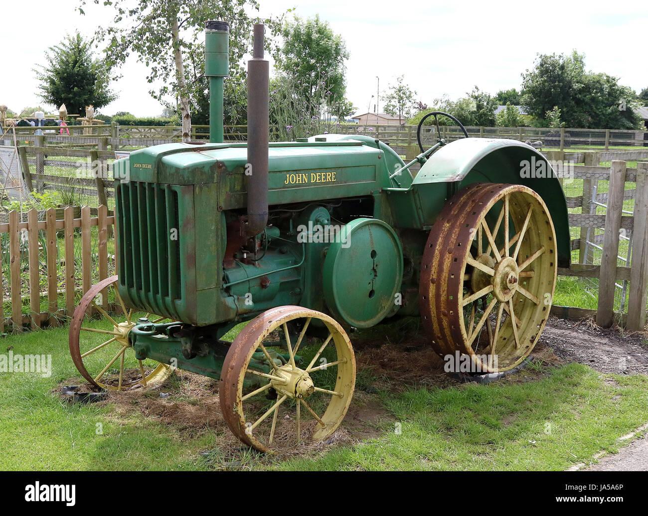 Tolle John Deere Traktor Färbung Seite Fotos - Malvorlagen Von ...
