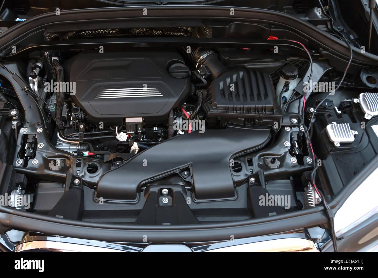 Automobil Industrie Teil des modernen Auto Motor Raum Neumaschine ...