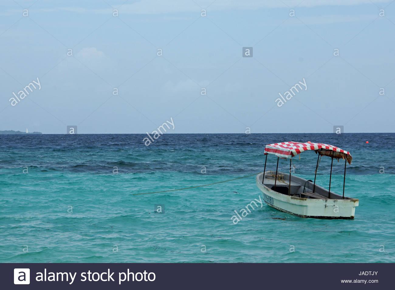 Kleines Boot Stockfotos & Kleines Boot Bilder - Alamy