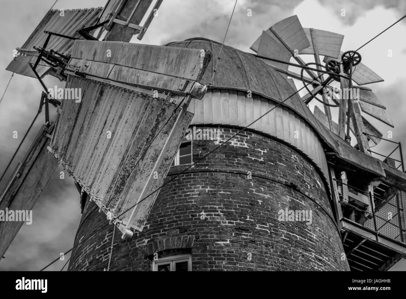 Mountfitchet Windmühle in Monochrom Stockbild