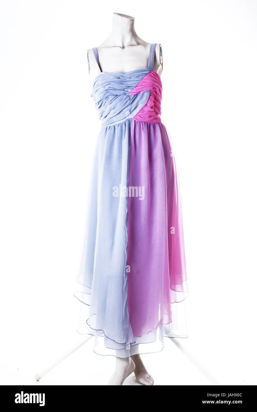 best cheap 88229 489c8 Schönes Kleid. Rosa und grau lange Sommerkleid Stockfoto ...