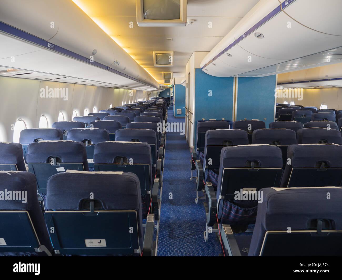 Boeing 747 Interior Stockfotos & Boeing 747 Interior Bilder - Seite ...