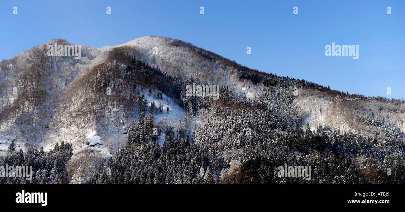 Schöne winterliche Landschaften in der Präfektur Aomori, Japan. Stockbild