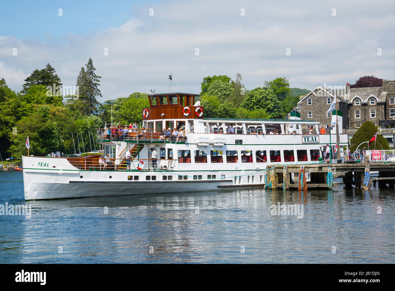 view passenger boat ship lake stockfotos view passenger boat ship lake bilder alamy. Black Bedroom Furniture Sets. Home Design Ideas