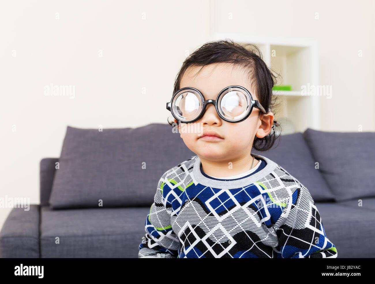 thick glasses stockfotos thick glasses bilder alamy. Black Bedroom Furniture Sets. Home Design Ideas