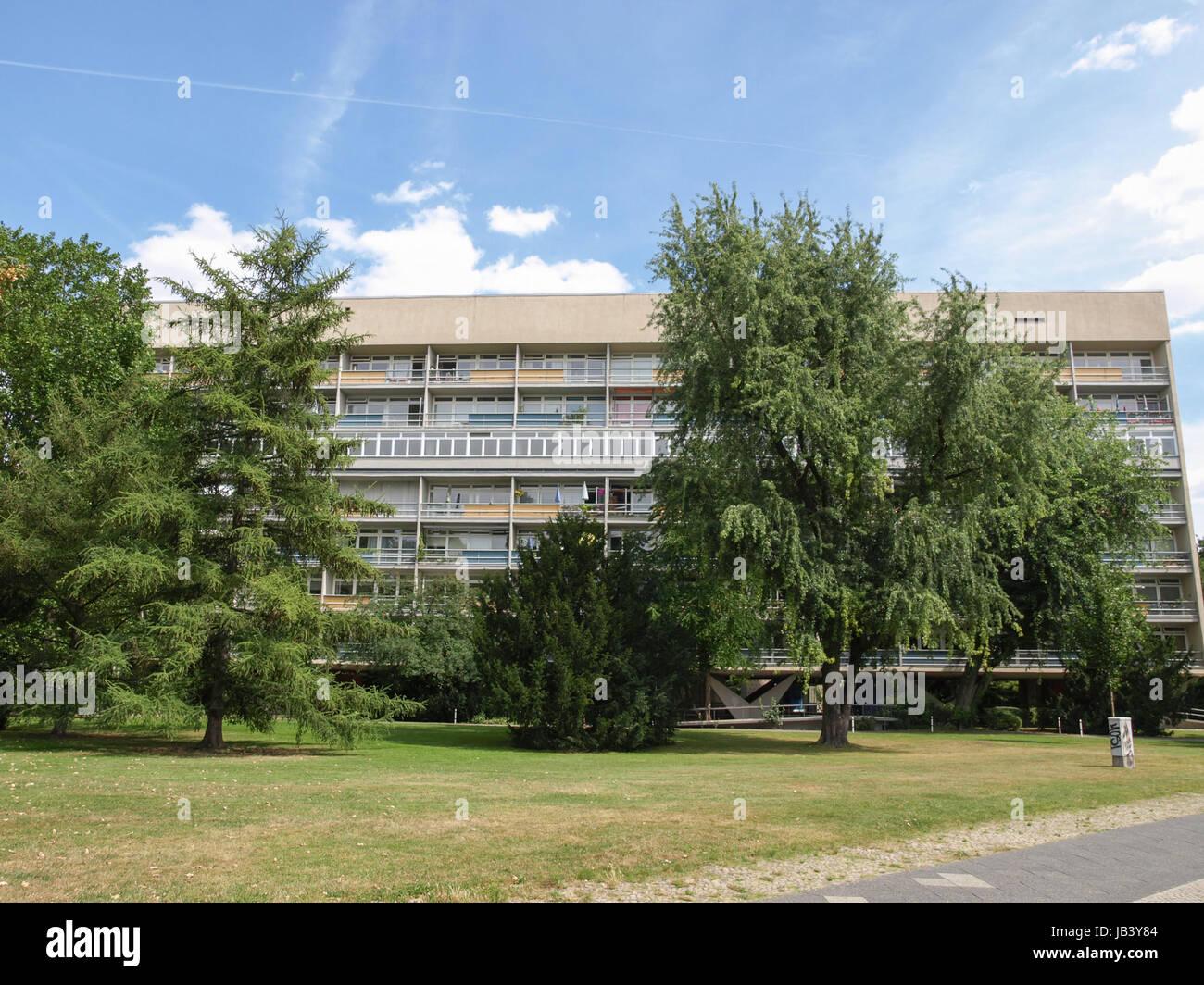BERLIN, Deutschland - 8. August 2009: Das Hansaviertel Interbau ist ...