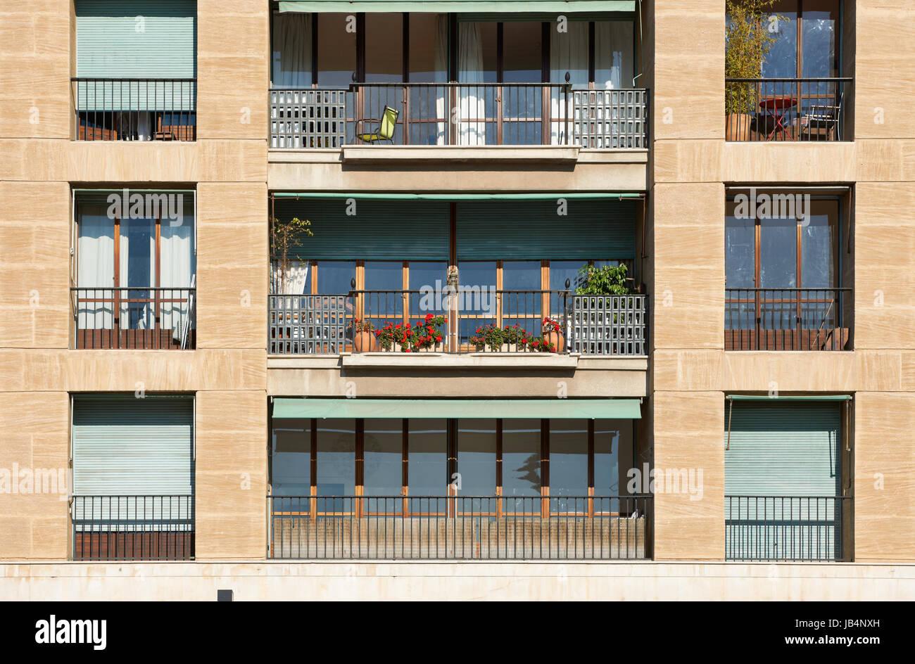 Architektur Detail Klassischen Balkon Aus Sudfrankreich Cote D