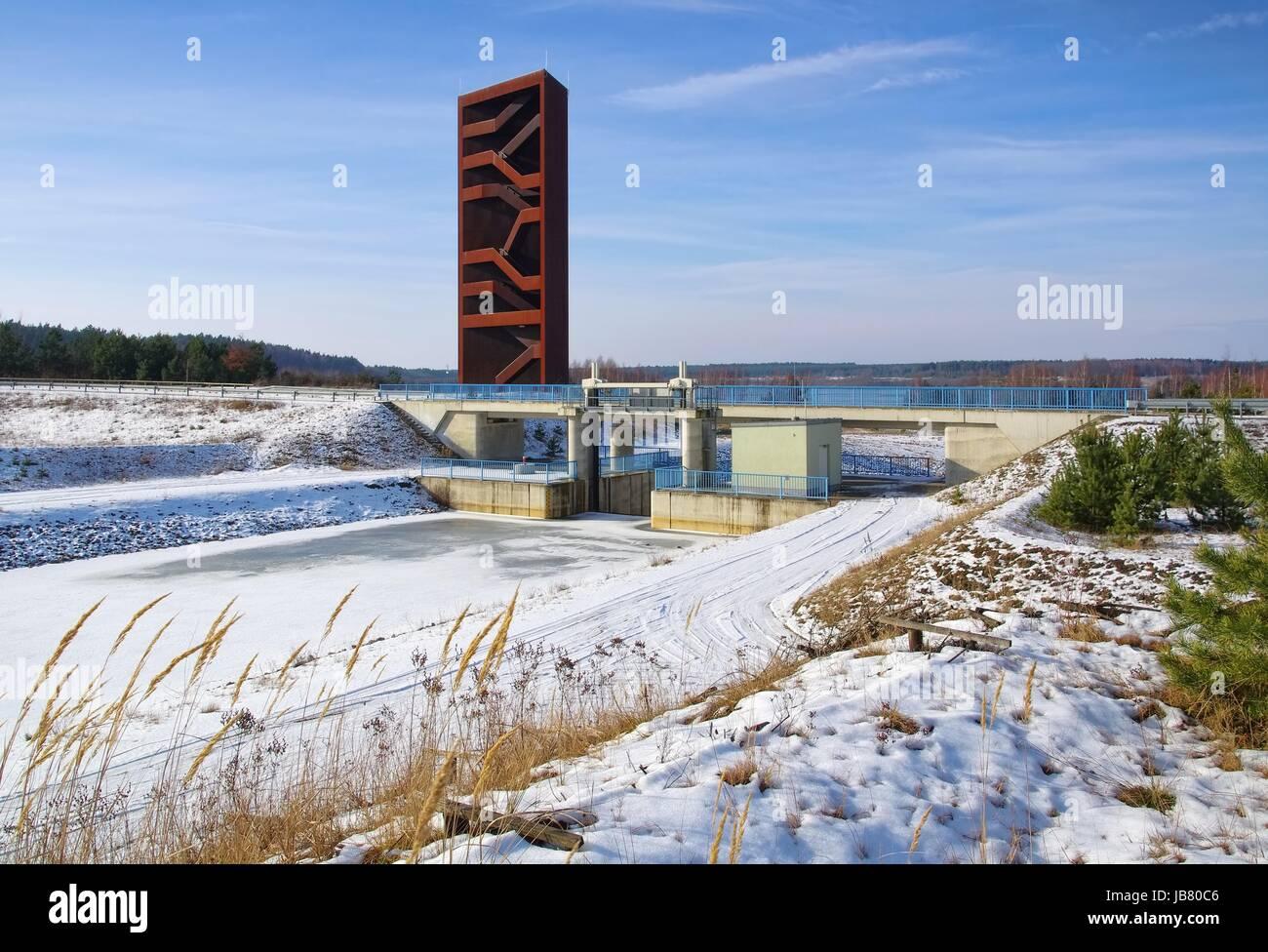 Rostiger Nagel Stockfotos & Rostiger Nagel Bilder - Alamy
