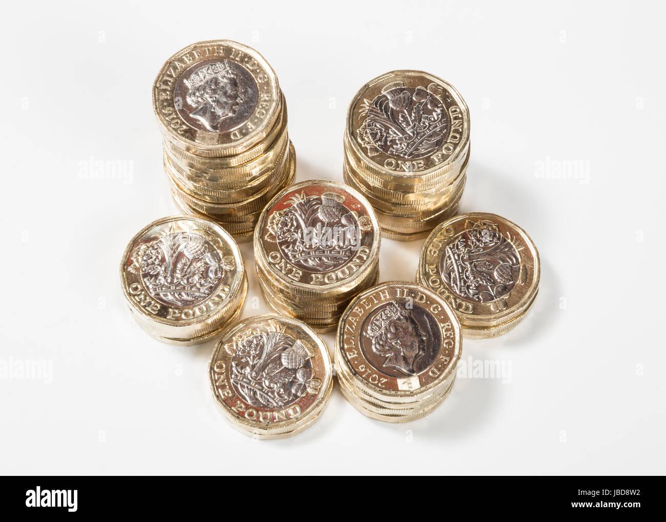 Neue Britische Pfund Münzen In Den Stapel Von Oben Stockfoto Bild