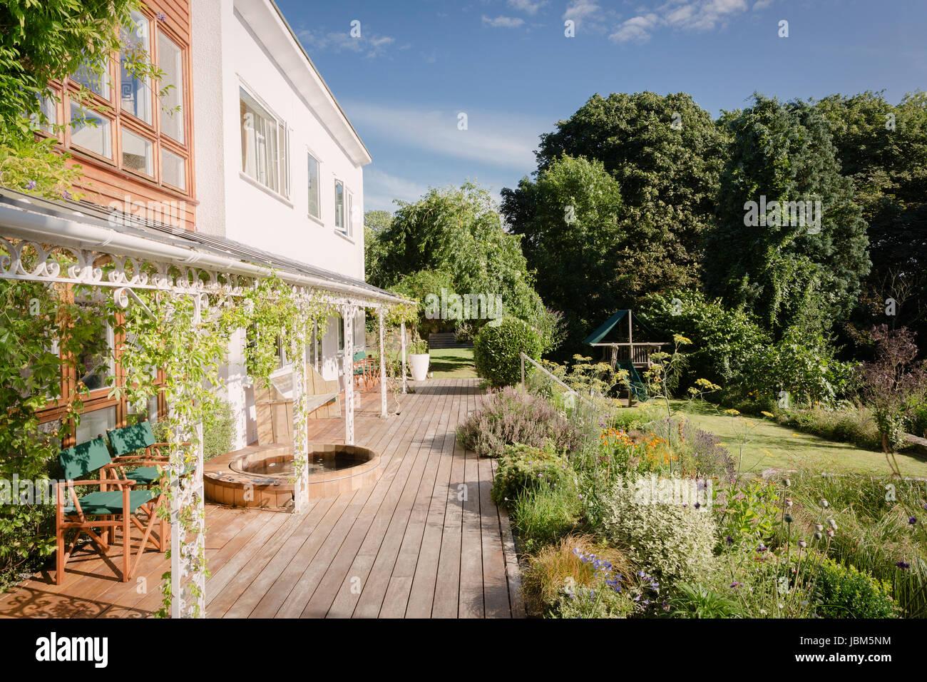Home Schaufenster Luxus Villa Mit Sonnigen Garten Und Terrasse