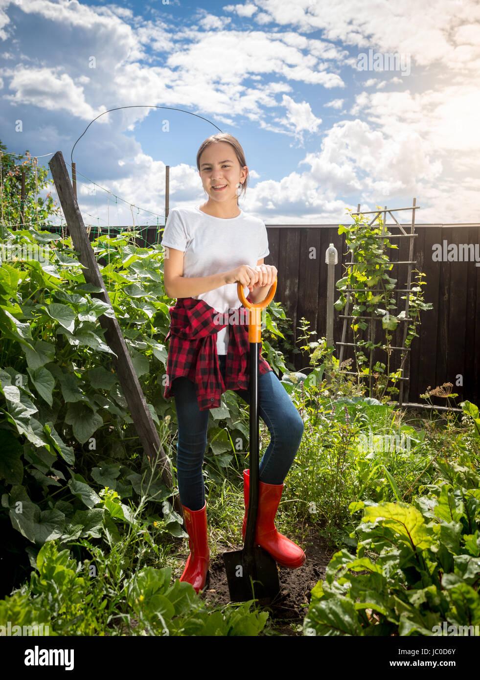 Gummistiefel Schöne Frauen Garten Arbeiten Junge Im In doCrxBe