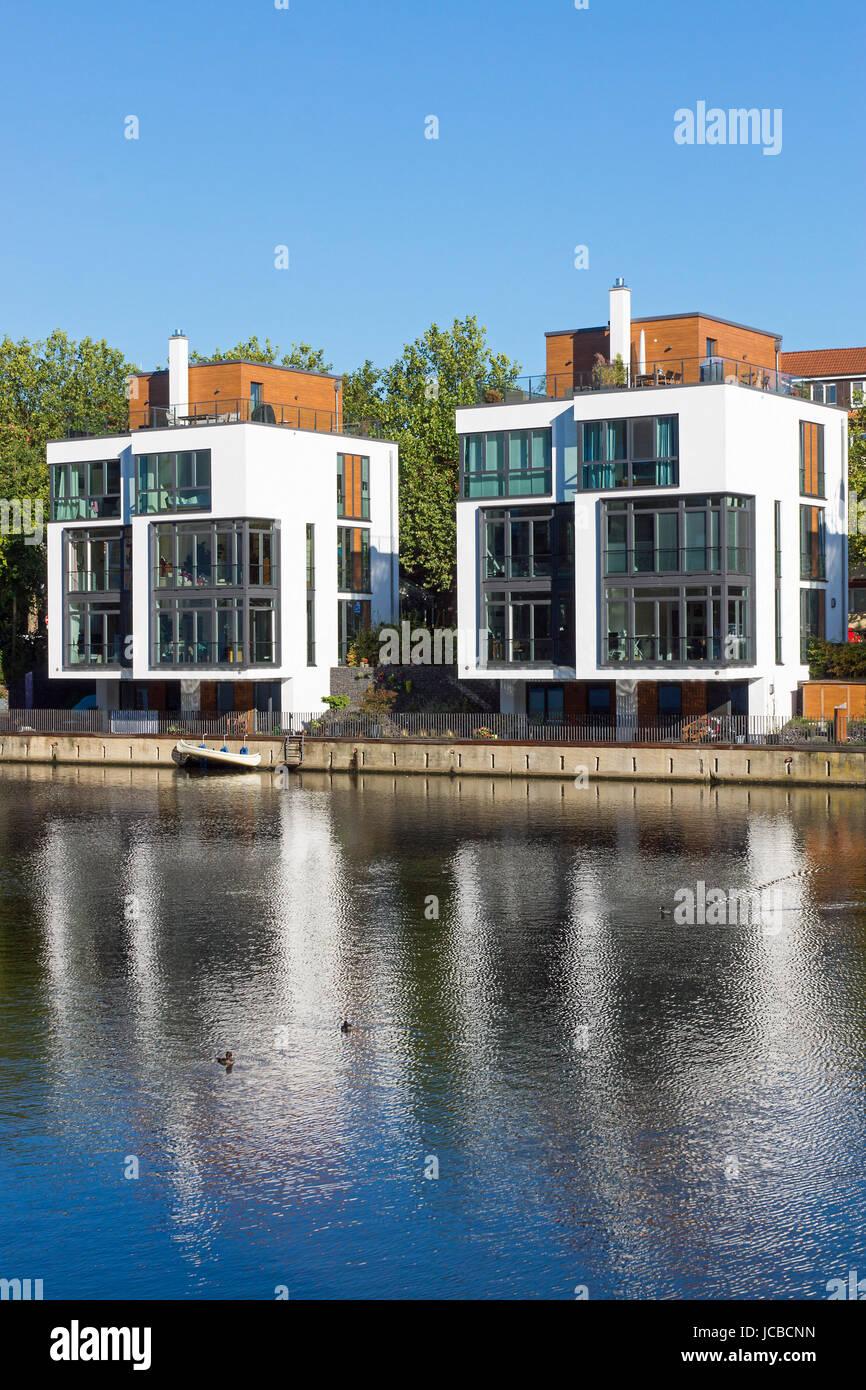 Faszinierend Moderne Einfamilienhäuser Das Beste Von Einfamilienhäuser Auf Dem Wasser, In Hamburg Gesehen