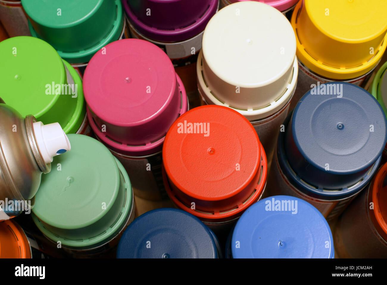 Spraydosen Farben.Neue Farbe Spraydosen Ansicht Von Oben Stockfoto Bild