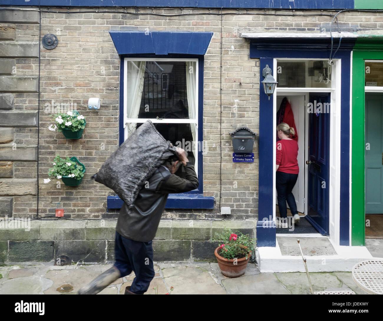 Machen Haus in Staithes Dorf an der Küste von North Yorkshire Kohle ...