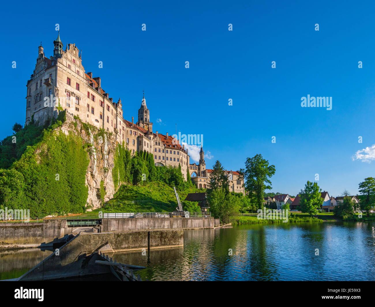 Schloss Sigmaringen, Naturpark obere Donau, Schwäbische Alb Baden Württemberg, Deutschland, Europa Stockbild