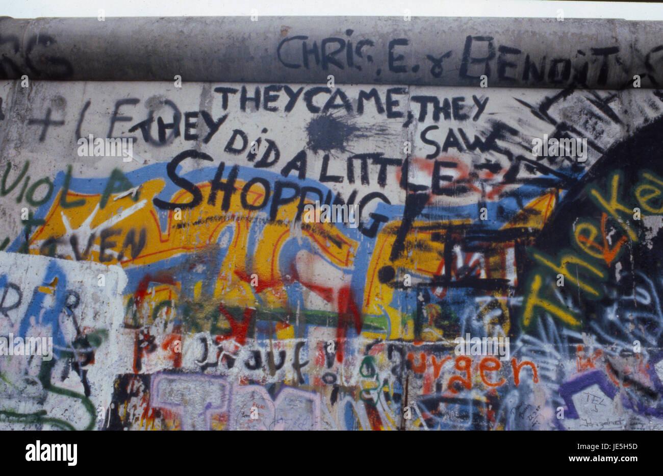 Nahaufnahme von Graffiti auf der Berliner Mauer 1987 Stockbild