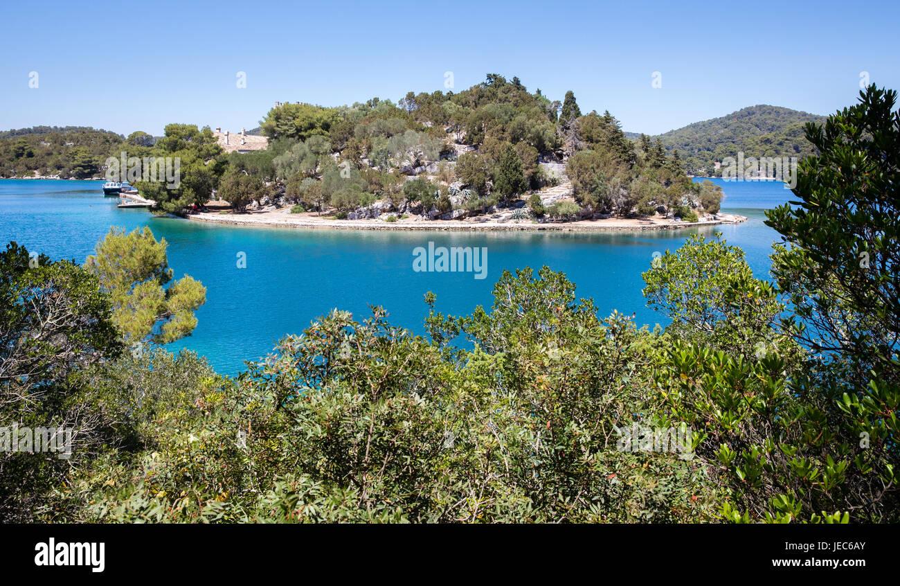 Das Benediktinerkloster auf winzigen Str. Marys Insel in Veliko Jezero ein Meer-See auf der Insel Mljet in Kroatien Stockbild