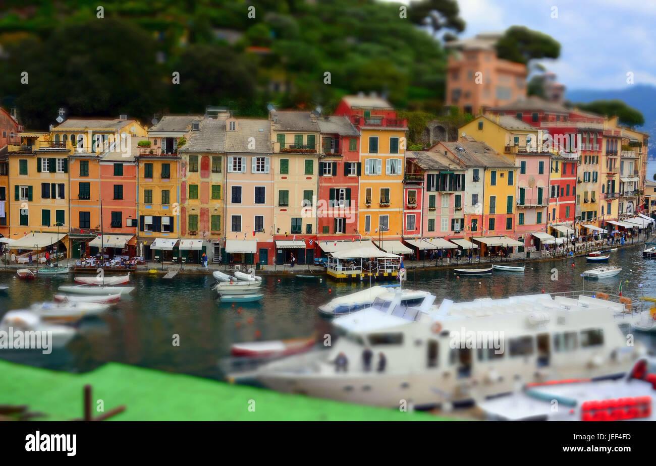 Portofino, eine hübsche Stadt an der Küste des Mittelmeers, in Ligurien, Italien., Eine Hübsche Stadt Stockbild