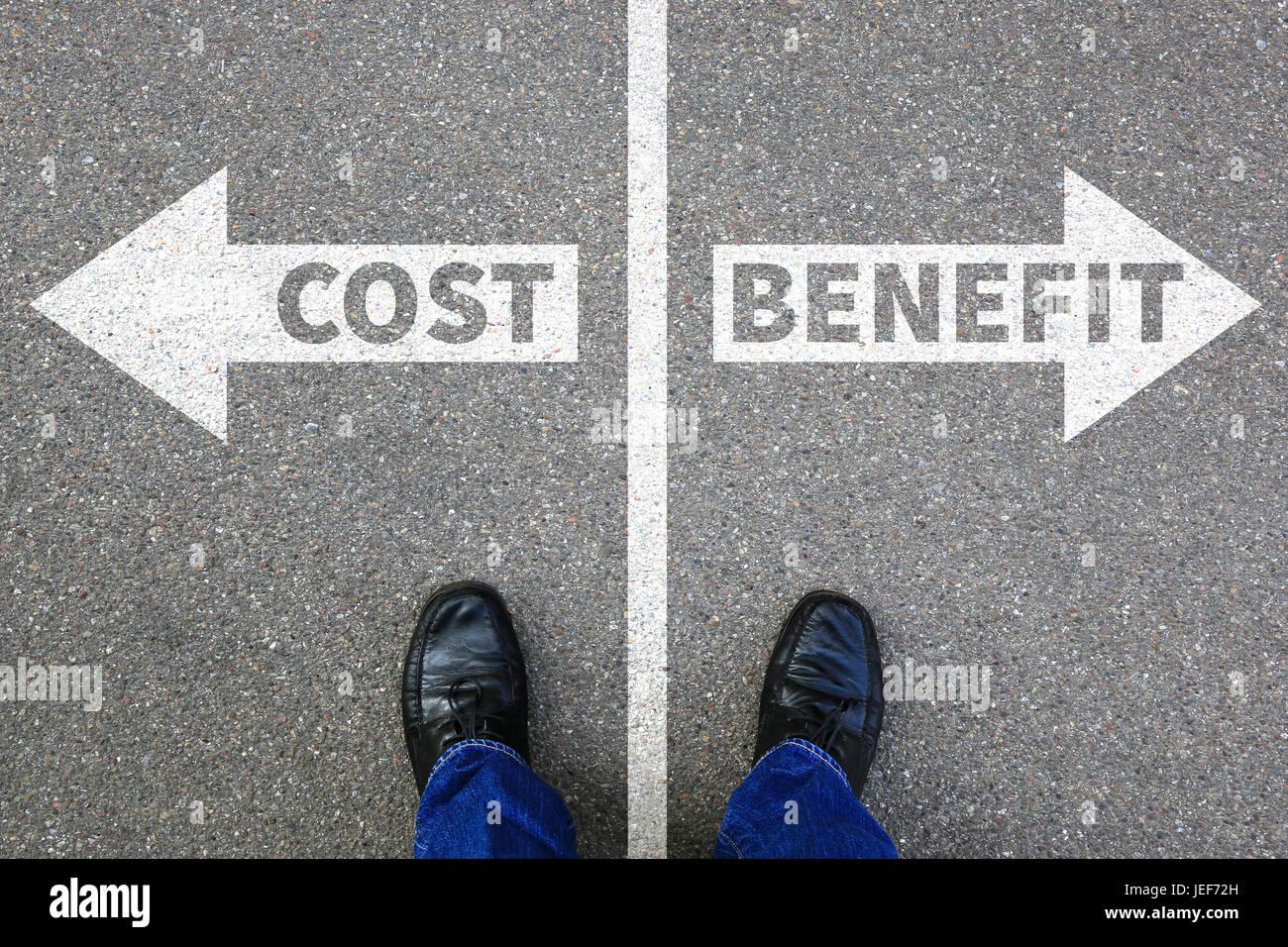 Kosten-Nutzen Verlust Gewinn Finanzen finanziellen Erfolg Unternehmen Business-Konzept erfolgreich Stockbild