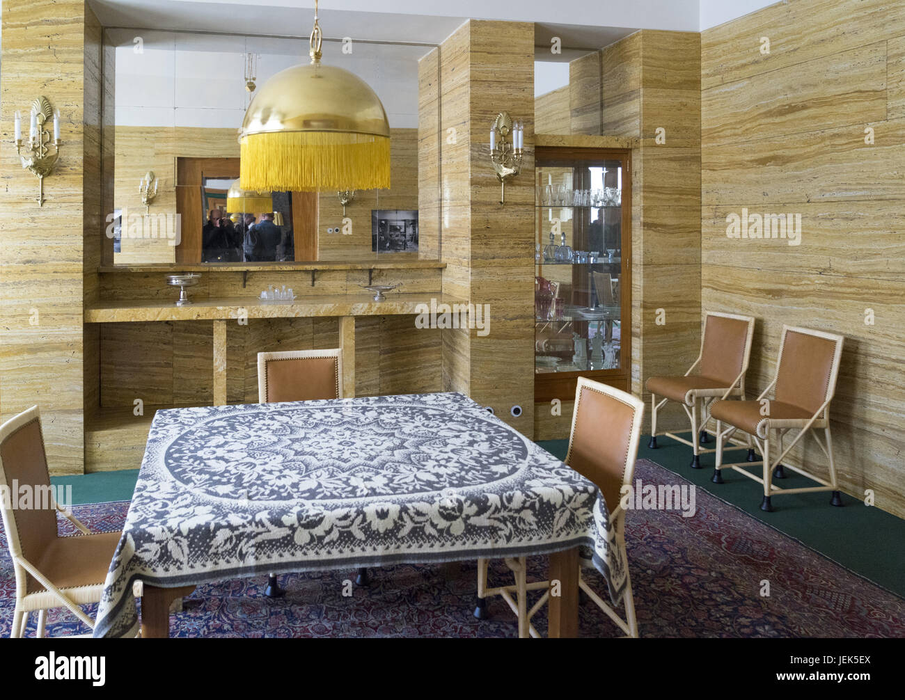 Adolf Loos Interieur in Pilsen Stockbild