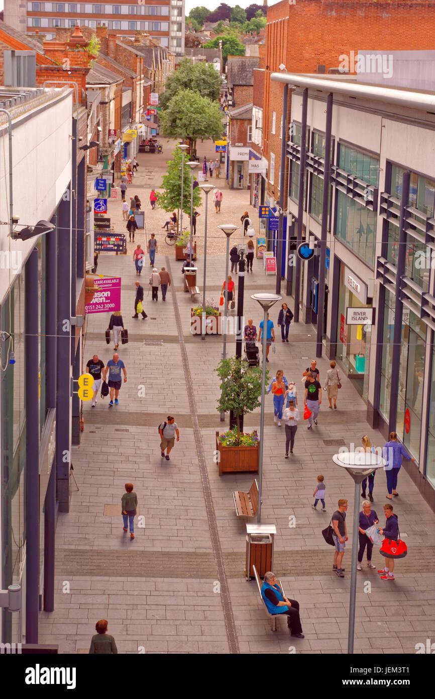 Fußgängerzone Einkaufsmeile von Altrincham, Greater Manchester, England. VEREINIGTES KÖNIGREICH. Stockbild