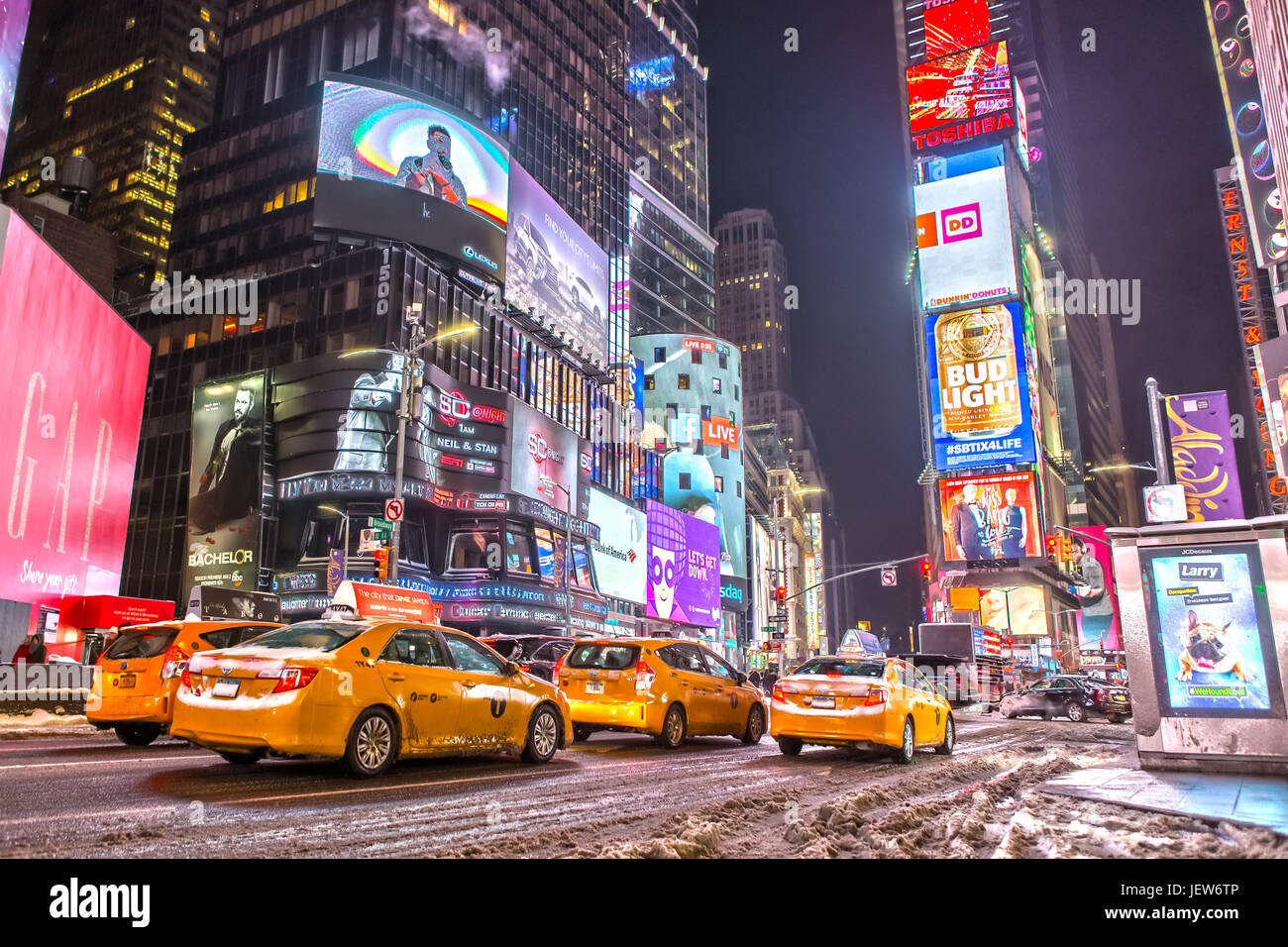 Yellow Cabs am Times Square in New York Stockbild