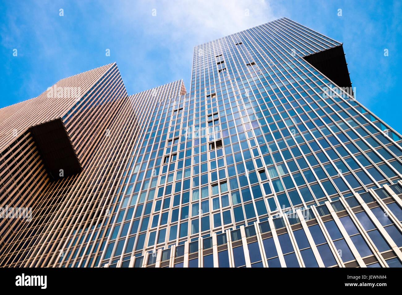 Moderne zeitgenössische Architektur, De Rotterdam vertikale Stadt, Rotterdam, Niederlande. Stockbild