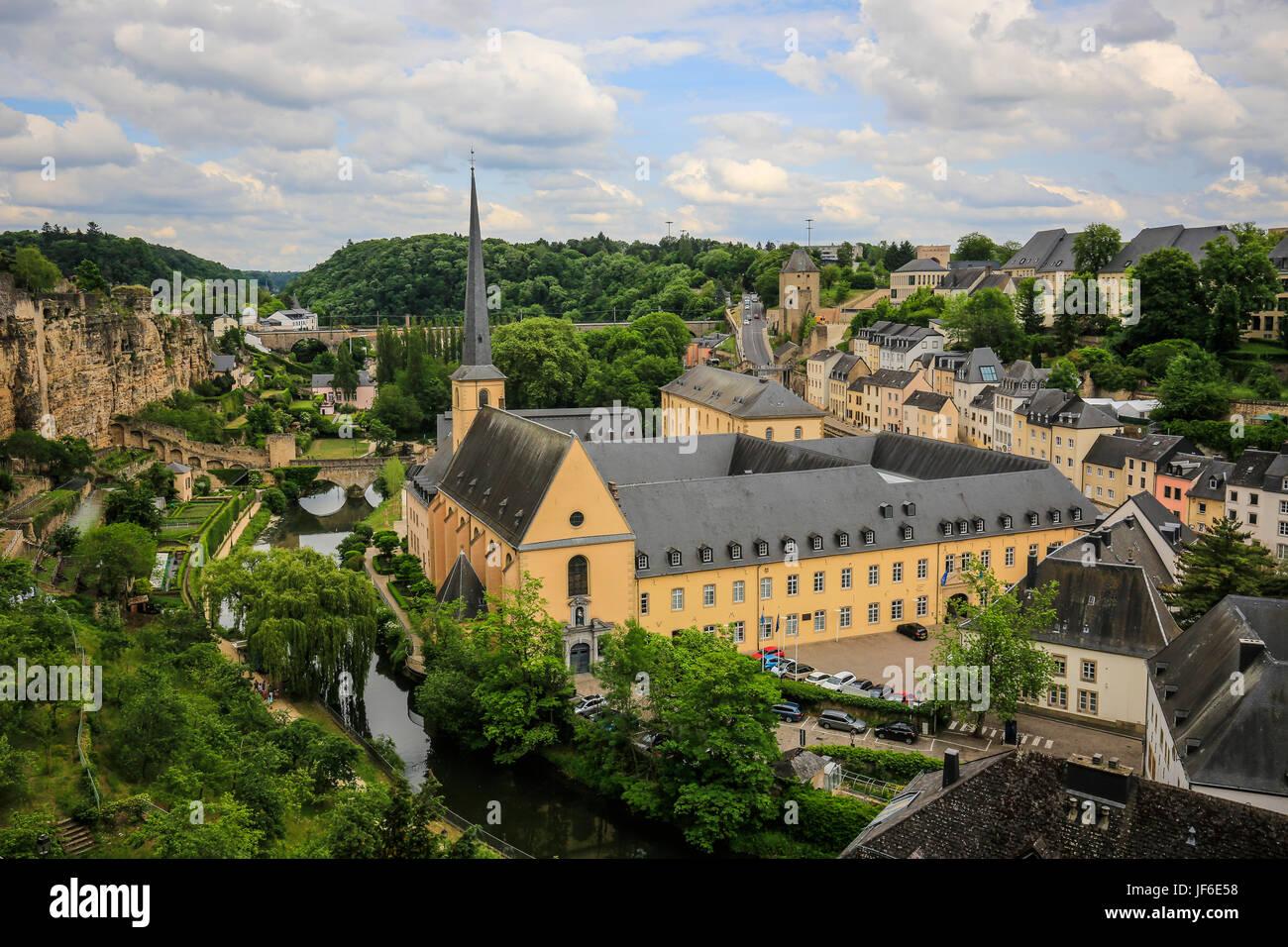 Abtei Neum?nster in der unteren Stadt Grund, Luxemburg-Stadt, Großherzogtum Luxemburg, Europa, Abtei Neum?nster Stockbild