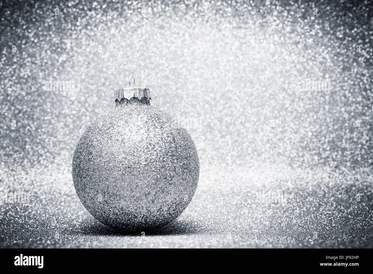 Glas Kugeln Weihnachtsdekoration Auf Silber Glitter Hintergrund