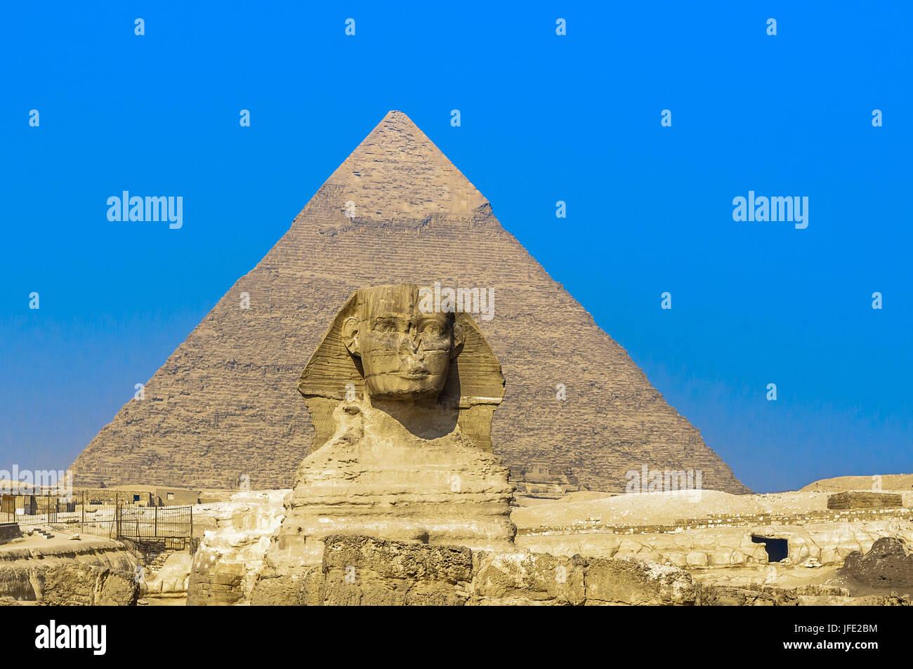 Sphinx und die Pyramiden von Giza, Cairo Stockbild