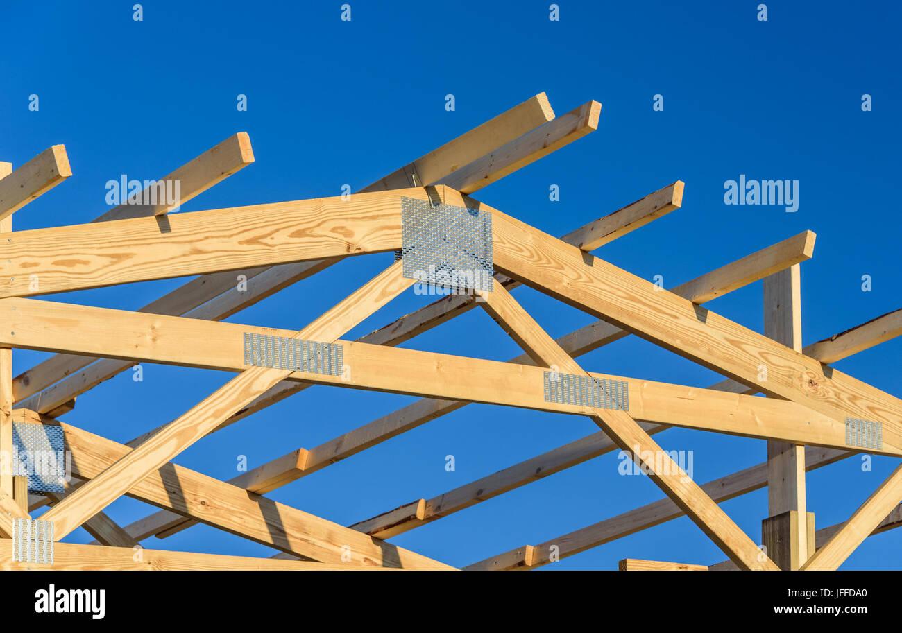 Wooden Truss Stockfotos & Wooden Truss Bilder - Alamy