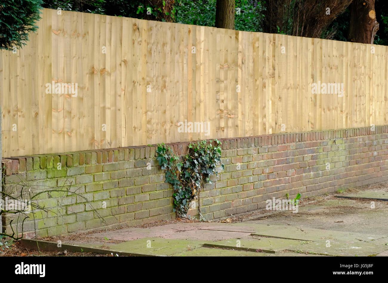 Niedrige Backsteinmauer Stockfotos und bilder Kaufen Alamy