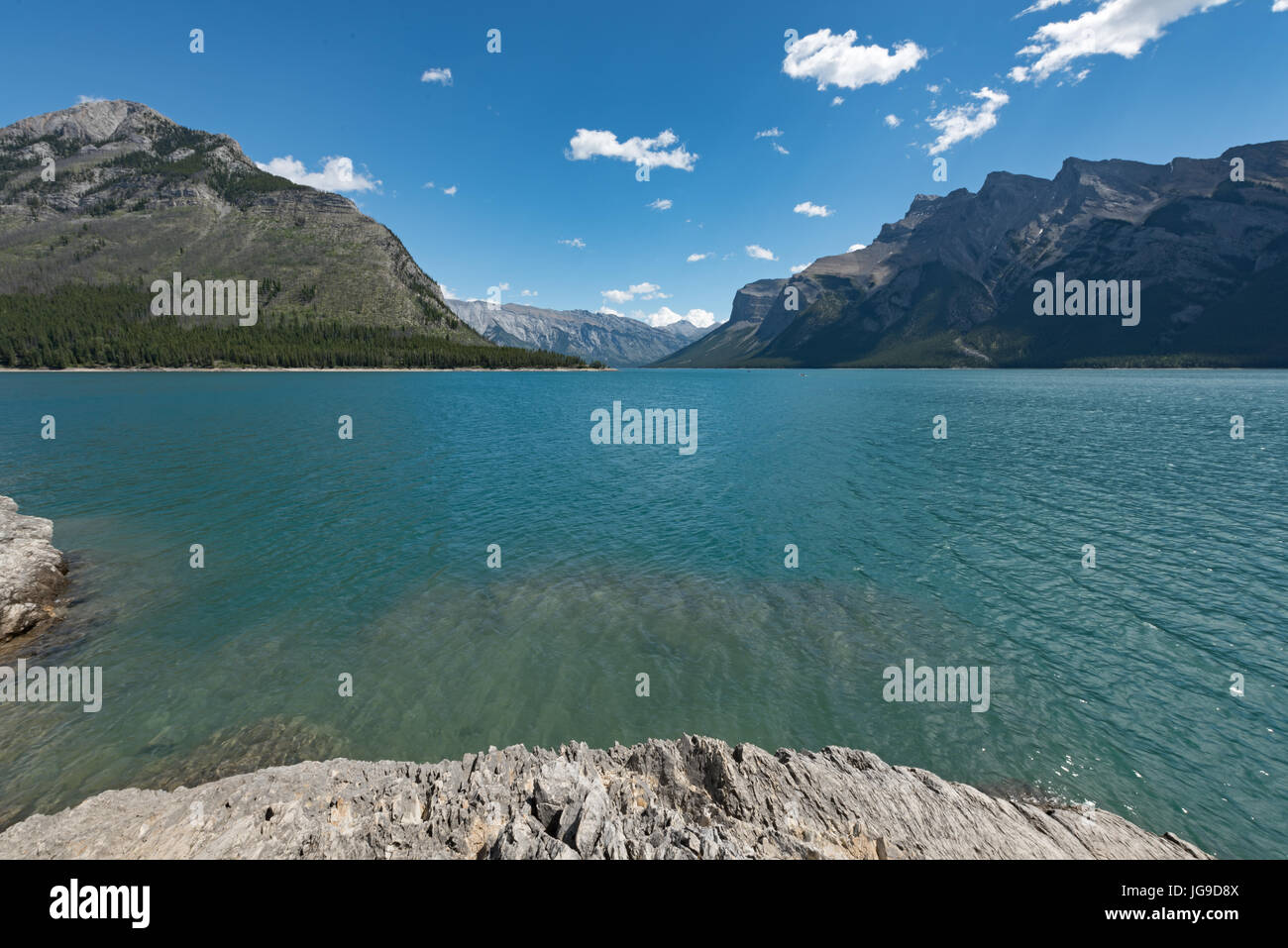 Lake Minnewanka, Banff Nationalpark, Kanada Stockbild