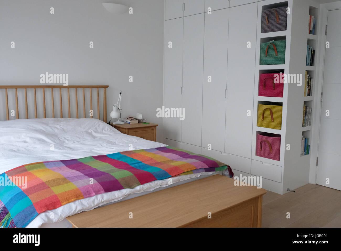 Modernes Schlafzimmer, scandi Dekor Stockfoto, Bild: 147759557 - Alamy
