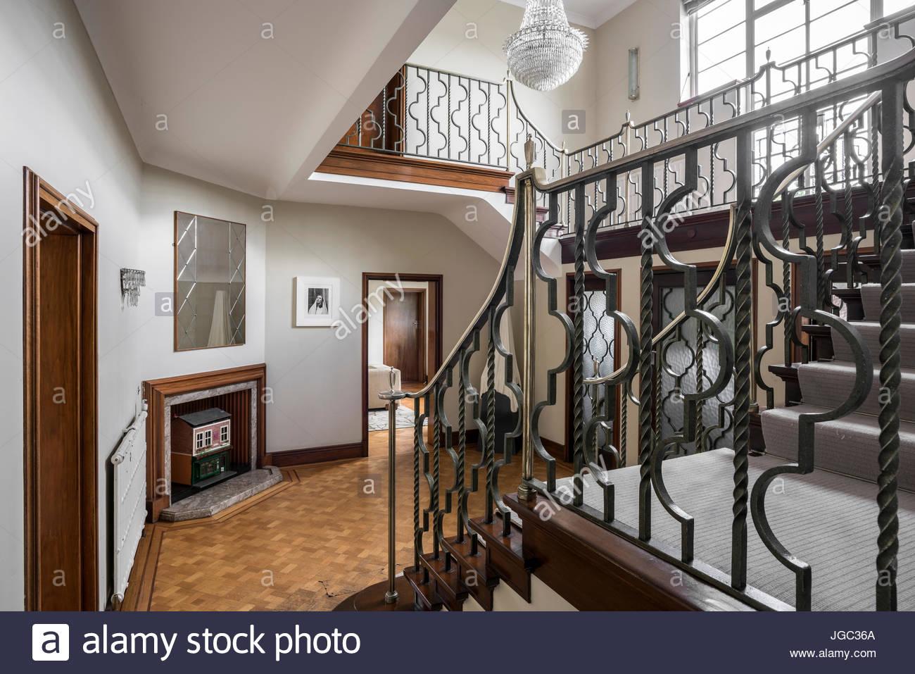Schmiedeeiserne Geländer Treppenhaus In 1930er Jahren Art Deco London Nach  Hause