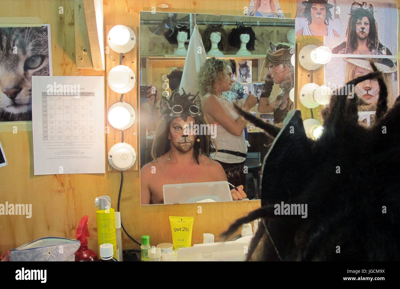 Christiane Stockfotos & Christiane Bilder - Seite 14 - Alamy