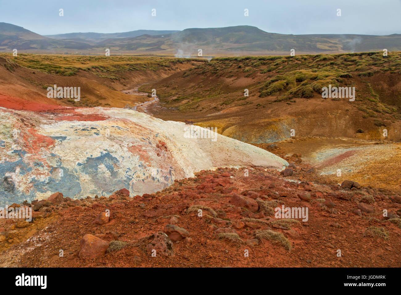 Seltun, geothermischen Feld mit vulkanischen Fumarolen, Schlammlöcher und heiße Quellen, Halbinsel Reykjanes, Stockbild