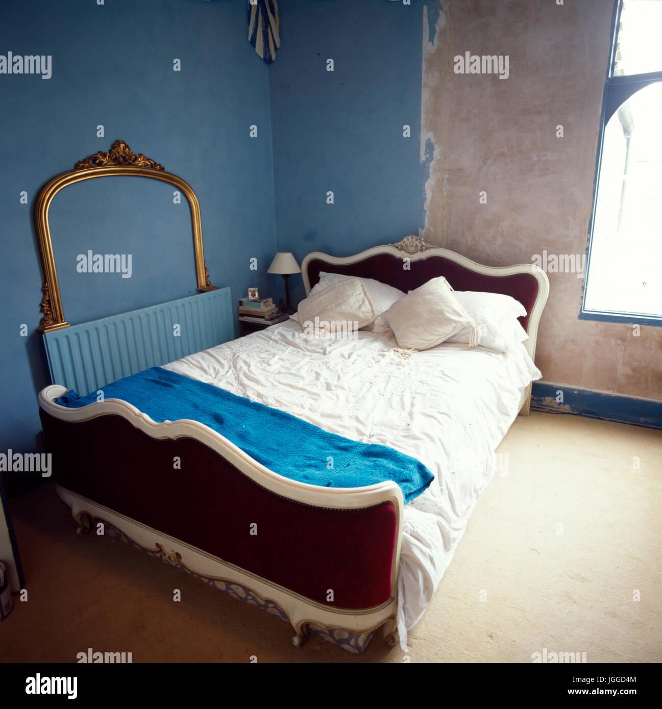 Renovierung von Schlafzimmer: Schritt x Schritt Schüsse von Handwerk ...
