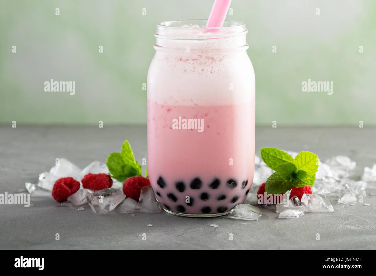 Erdbeer Luftblasentee Stockbild