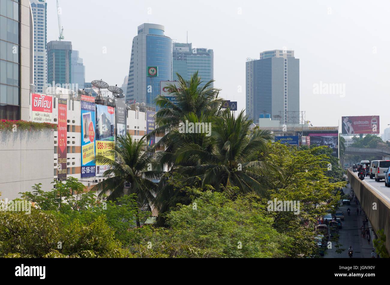 Bangkok Thailand Apartment Block Stockfotos & Bangkok Thailand ...