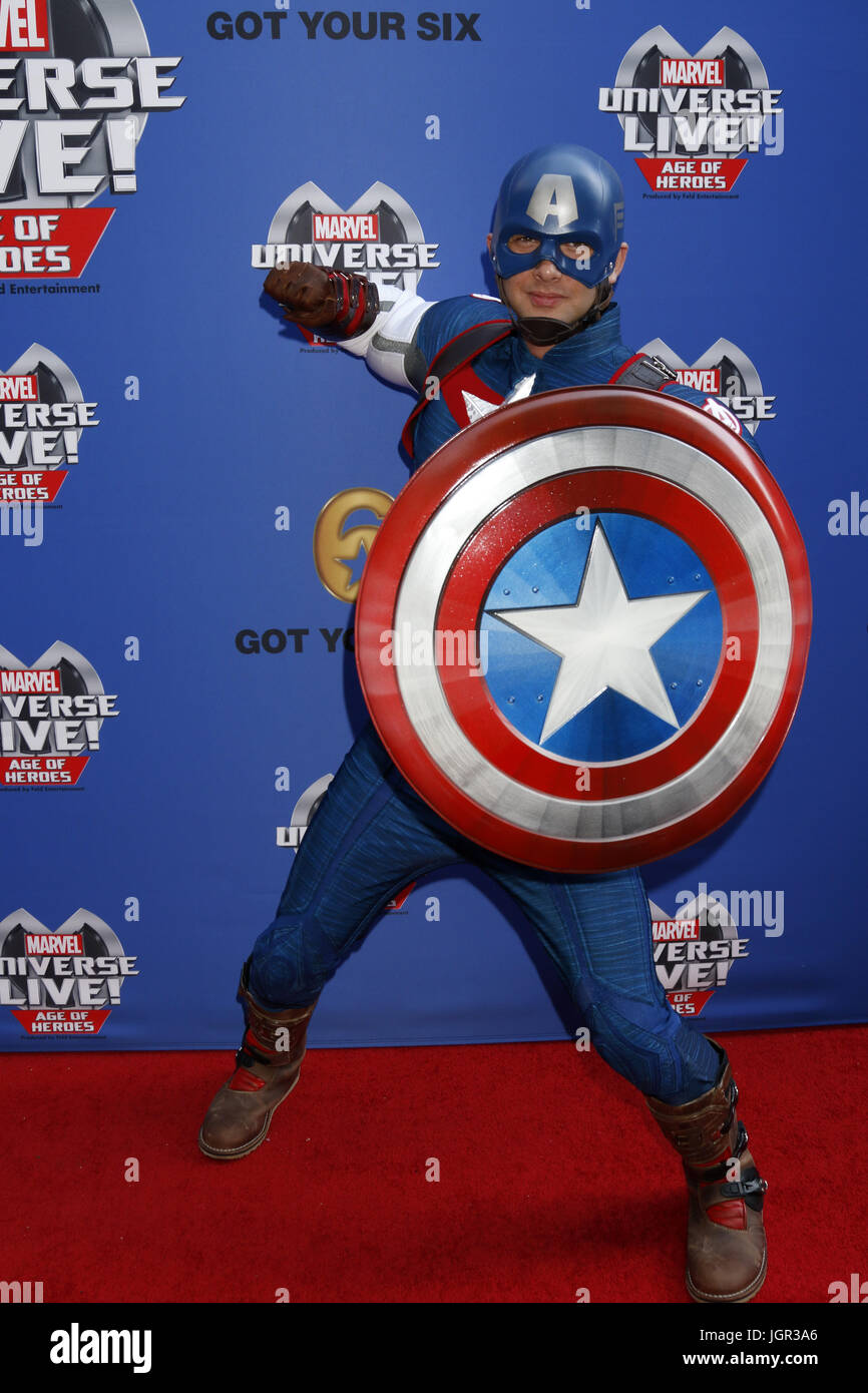 8. Juli 2017 - Los Angeles, CA, USA - LOS ANGELES - 8 JUL: Captain America im Marvel Universum Live Red Carpet im Stockbild