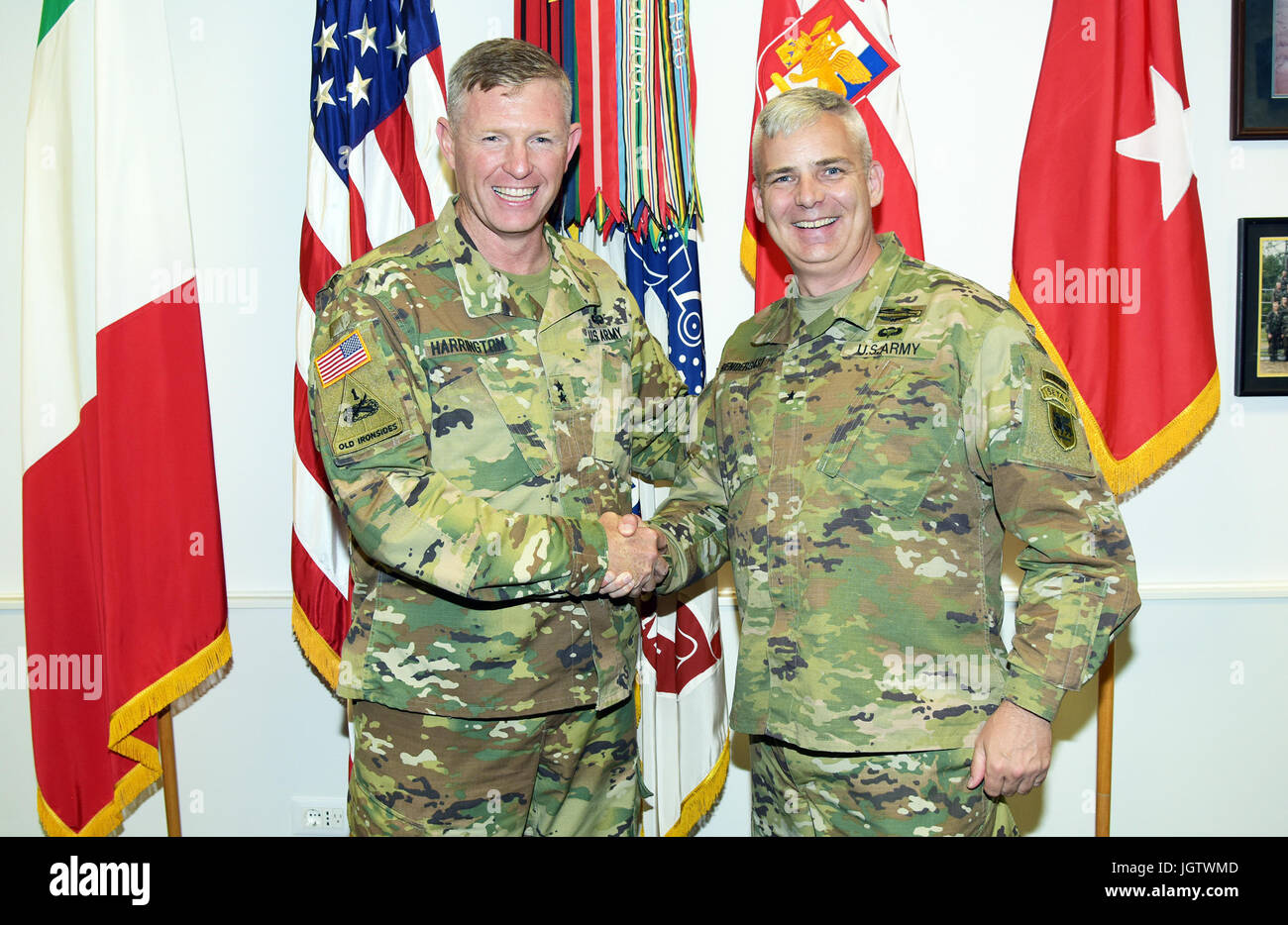 Niedlich Vereinigte Staaten Armee Reserve General Offizier Nimmt ...