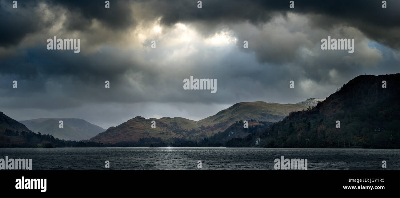 Panoramablick von Ullswater See, The Lake District, Großbritannien Stockbild