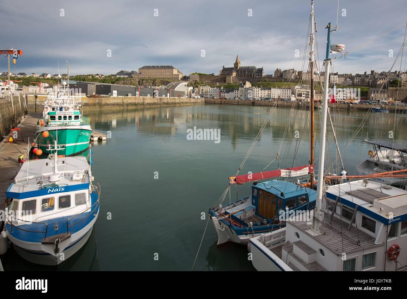 Frankreich, Région Normandie (Ancienne Basse Normandie), Manche, Baie du Mont Saint-Michel, Granville, Port de Pêche, Stockfoto
