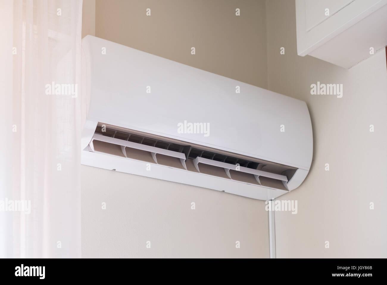 Conditioner stockfotos conditioner bilder alamy for Wand klimaanlage