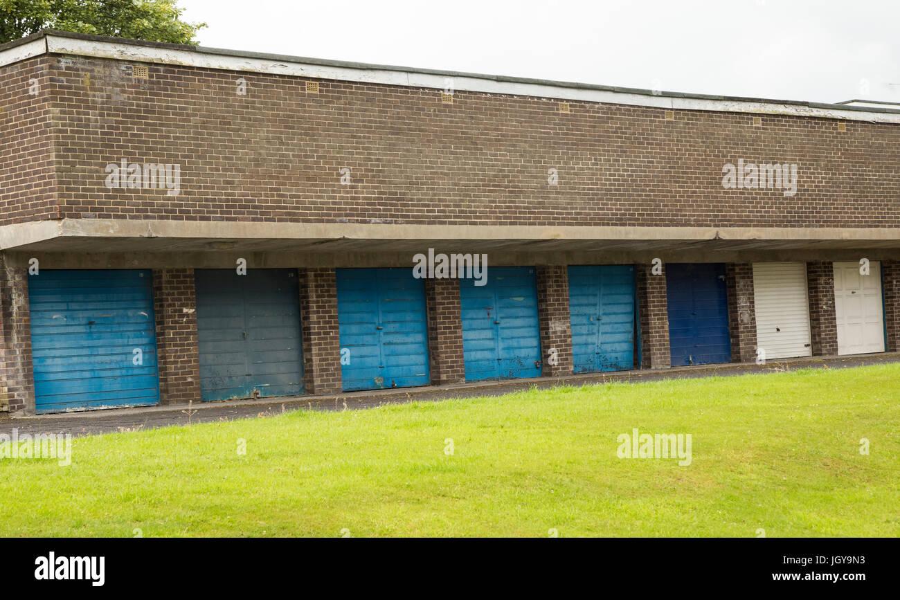 Eine Reihe von abschließbare Garagen Stockbild
